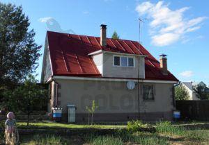 Крыша покрашена резиновой краской «Сурик» (цвет красно-коричневый)